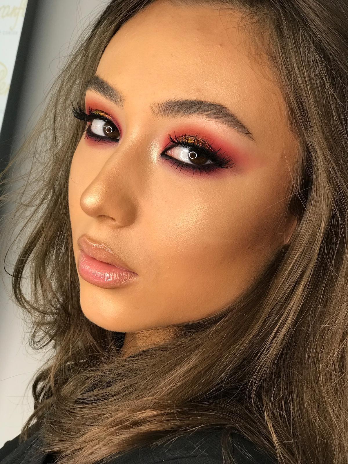 Curs acreditat Professional make-up